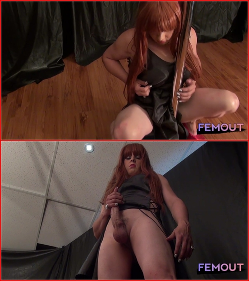 Kelly Monrock – Kelly's big pole! (15.07.2015) Shemale, Solo, Posing, Masturbation