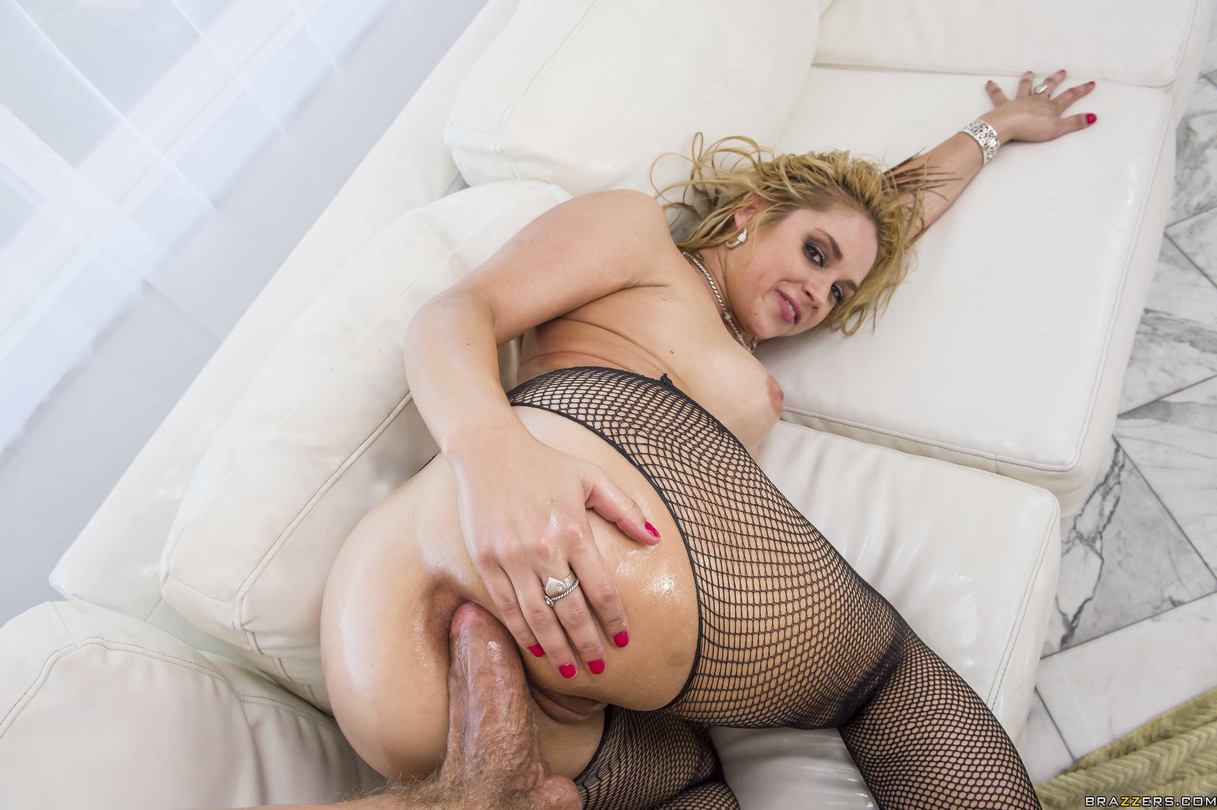 Model Sarah Vandella Free Porn Photo
