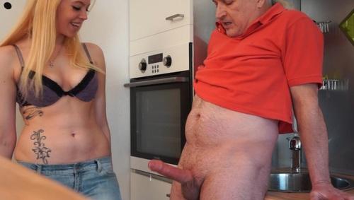 Hot mom in car nude
