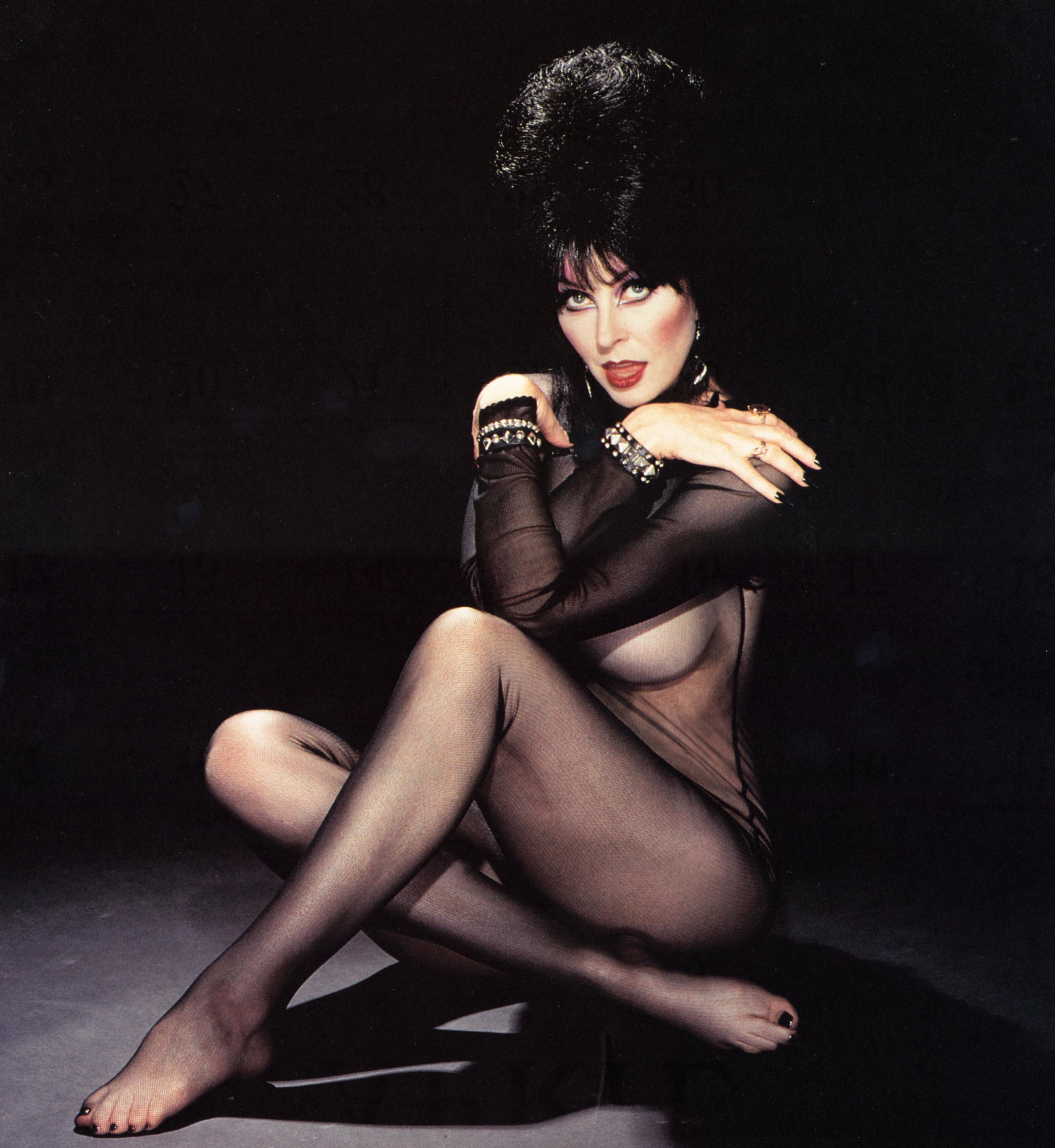 Elvira Cassandra Peterson Nude Pics Free