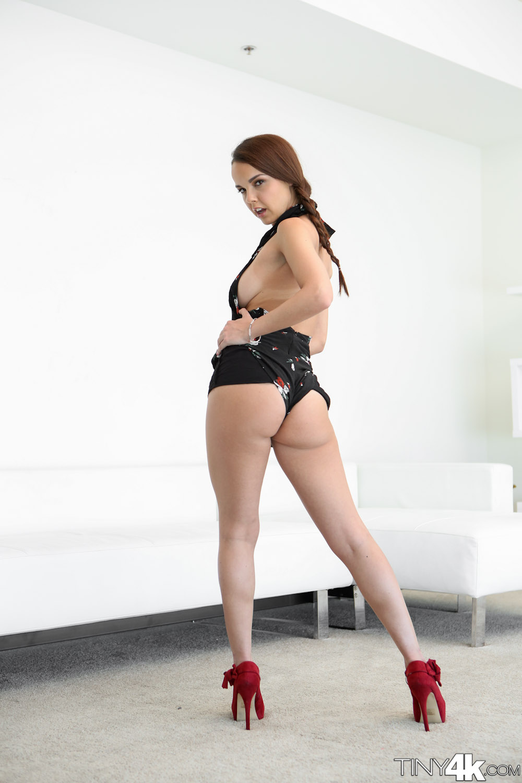 Dillion Harper una puta muy sexy