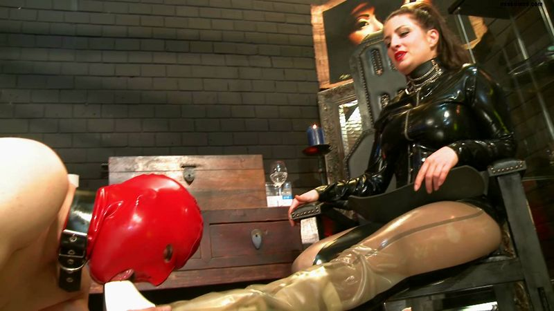 SchlagendeGirls - Lady Anna has the reins in her hand - Part 4 .wmv.00002,